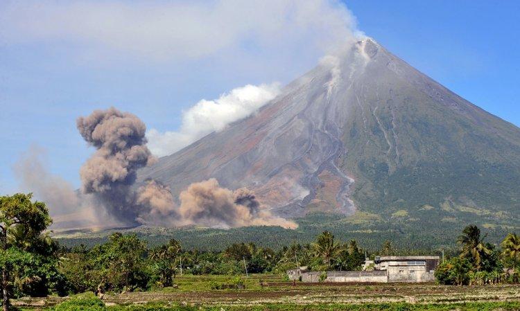 الطبيعة حول بركان مايون