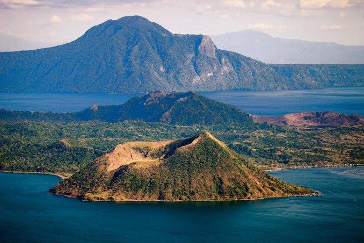 جزيرة لوزون