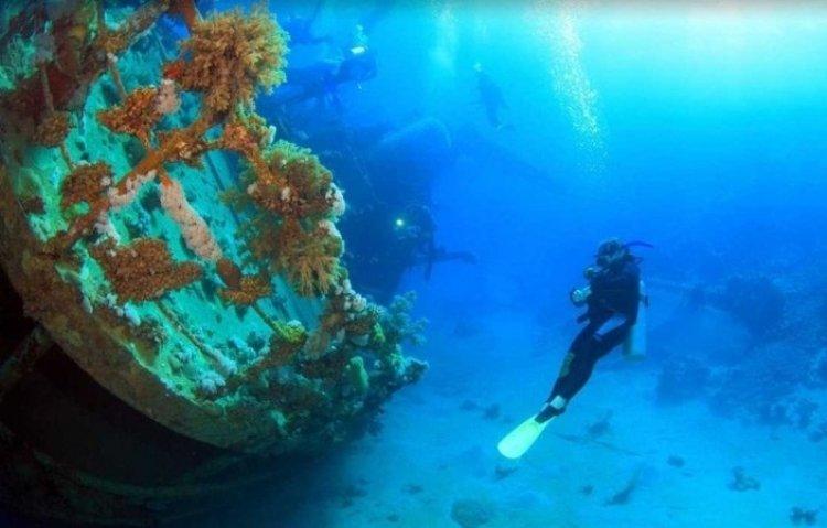 حطام السفن في جزيرة بوسوانجا