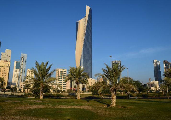 برج الحمراء في الكويت