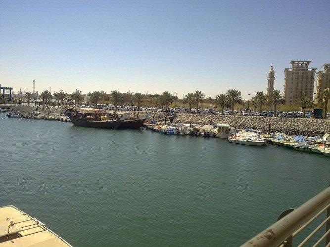 مرسى القوارب في الفحيحيل بالكويت