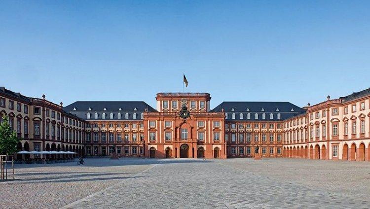 قصر مانهايم