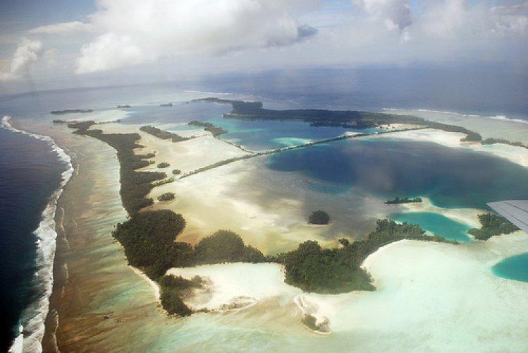 جزر بالميرا ذات منشأ من شعاب مرجانية غير مأهولة
