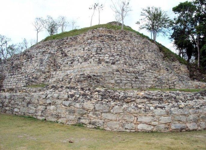 اتزاماتول في مدينة إسامال المكسيكية