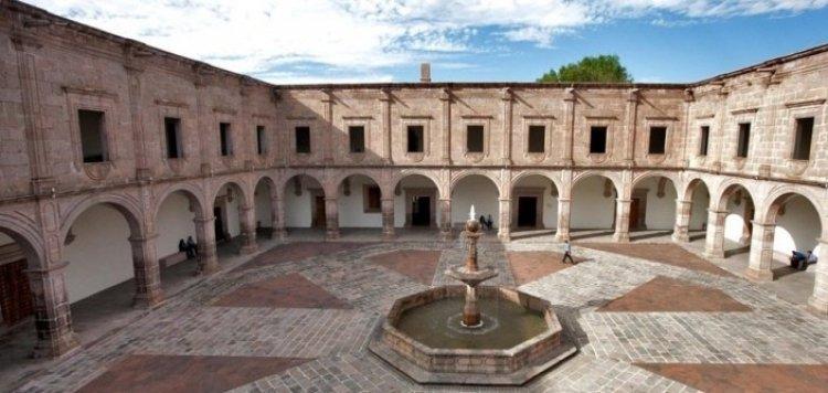 قصر كلافيجيرو