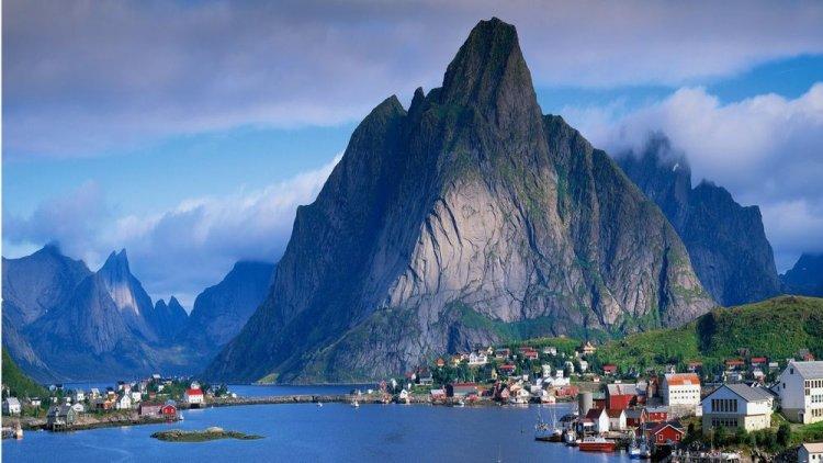 جزر لوفوتن في النرويج