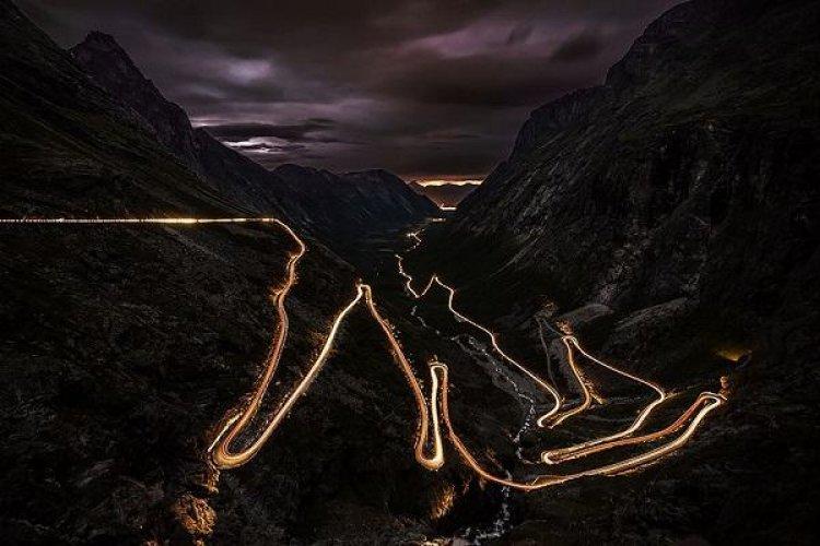 التحولات والانعطافات من الطريق الجبلي المذهل