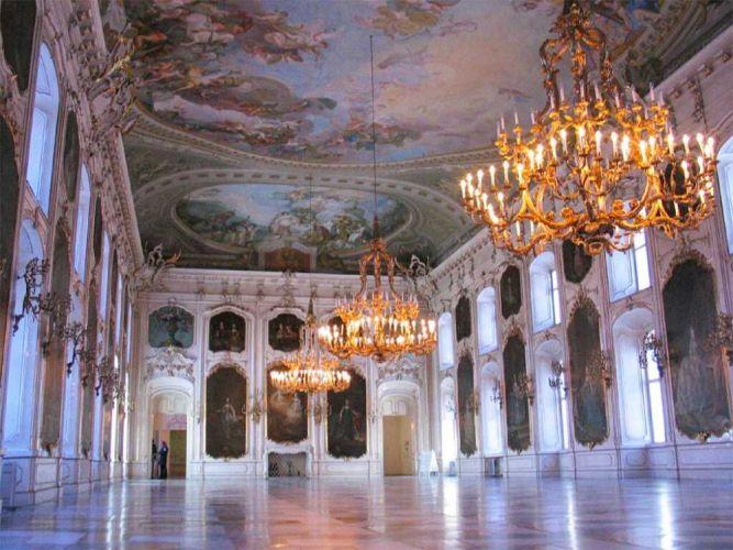 القصر الملكي هوفبورغ من الداخل في فيينا - النمسا