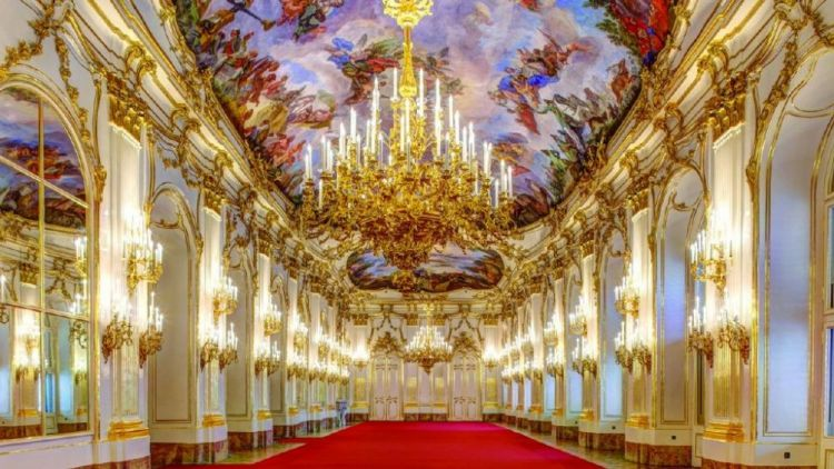 من داخل قصر الشونبرون في فيينا