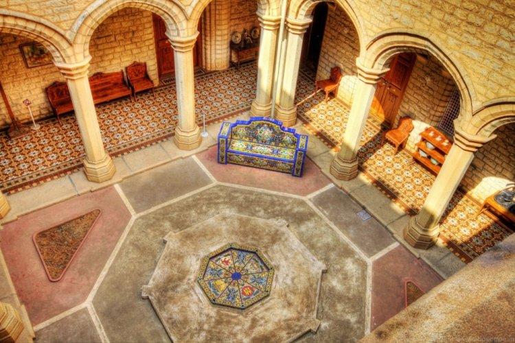 قصر بنغالور من الداخل