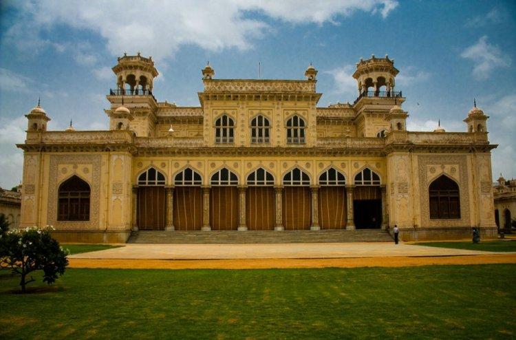 قصر شوماهالا في حيدر اباد