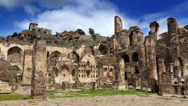 قلعة غولكوندا في حيدر اباد