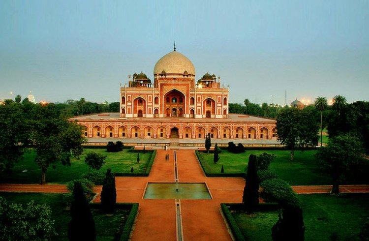 مقبرة همايون في الهند