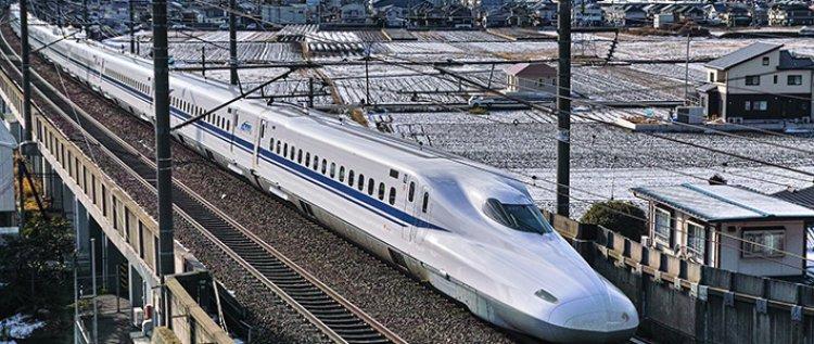 قطار شينكانسن