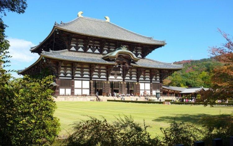 معبد تودائي جي في اليابان