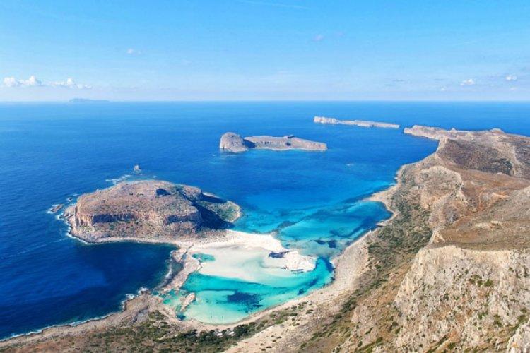 شواطئ جزيرة كريت