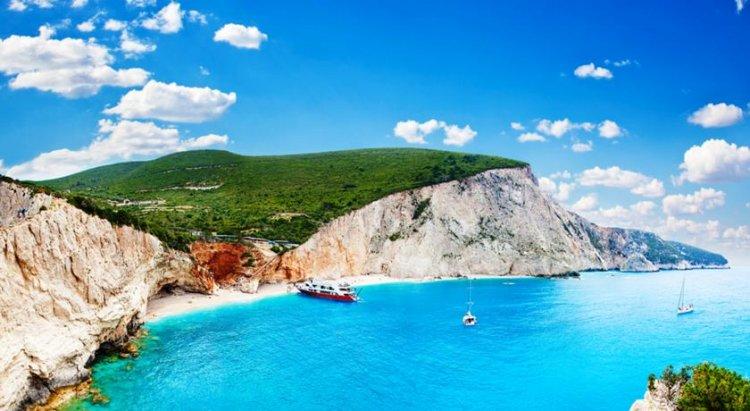 شاطئ بورتو كاتسكي اليوناني