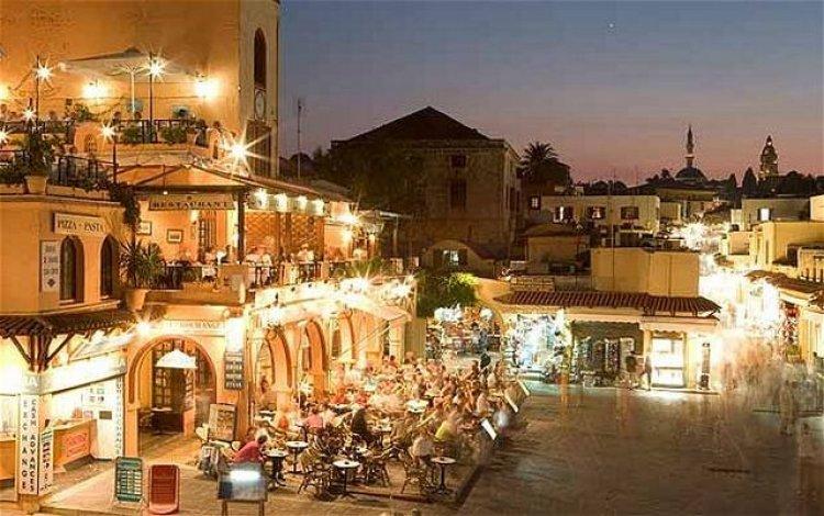 المدينة القديمة في جزيرة رودس