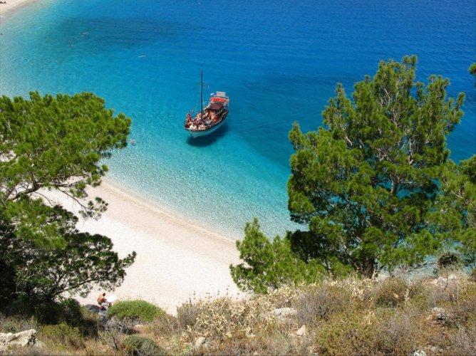 جزيرة كارباتوس في اليونان