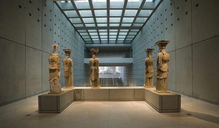 متحف الاكروبول في أثينا - اليونان