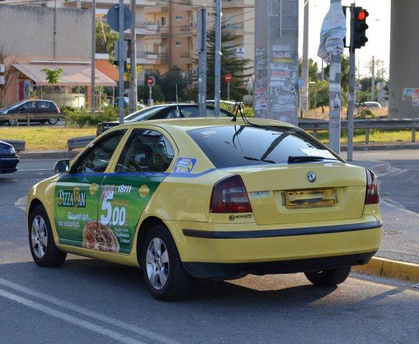 سيارات الأجرة في اليونان