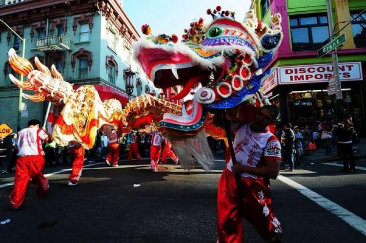المهرجانات الصينية الشعبية التي تقام في الحي الصيني