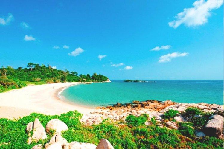 شاطئ في جزيرة باتام