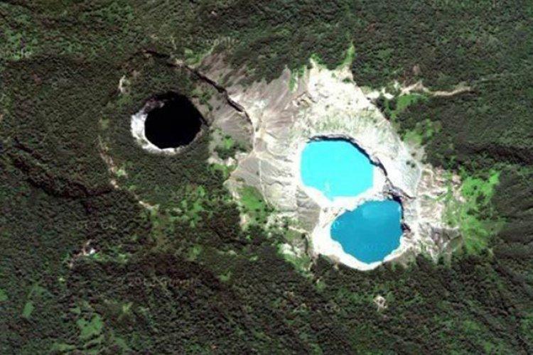 صورة جوية للبحيرة
