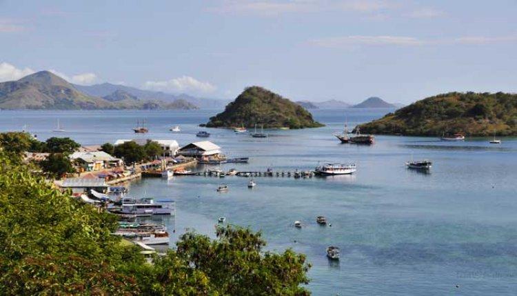 رحلات القوارب الممتعة في جزيرة فلوريس إندونيسيا