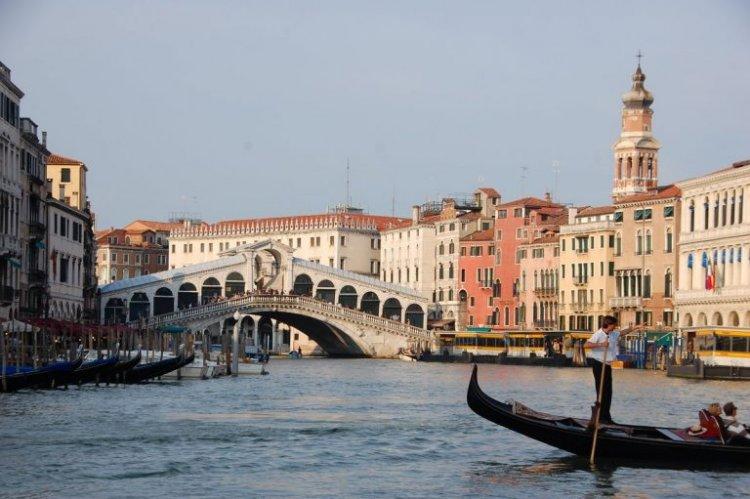 السياحة في باري إيطاليا