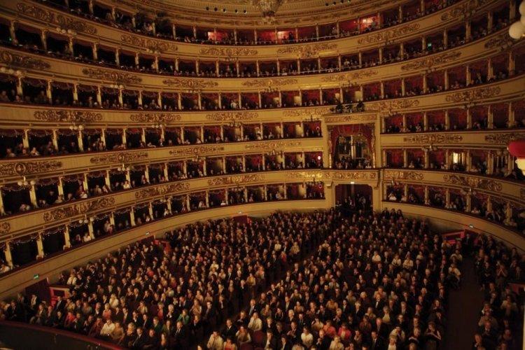 مسرح لاسكالا في ميلان