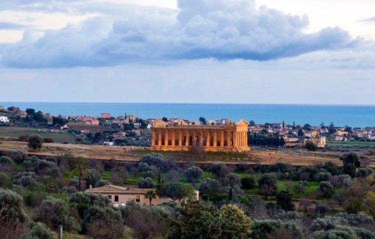 وادي المعابد في جزيرة صقلية