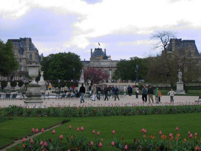 حديقة التويلري في باريس فرنسا