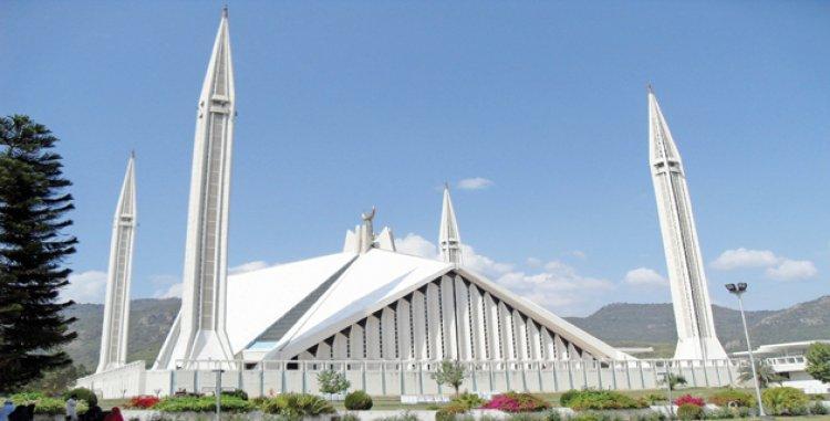 مسجد الملك فيصل بباكستان تحفة معمارية عالمية