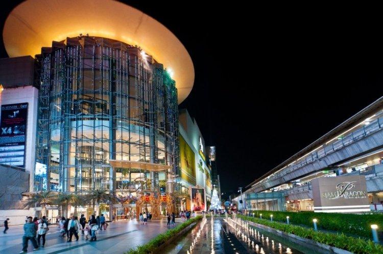 مول سيام باراجون مصدر جذب للزوار والسياح ذوي الرفاهية والترف