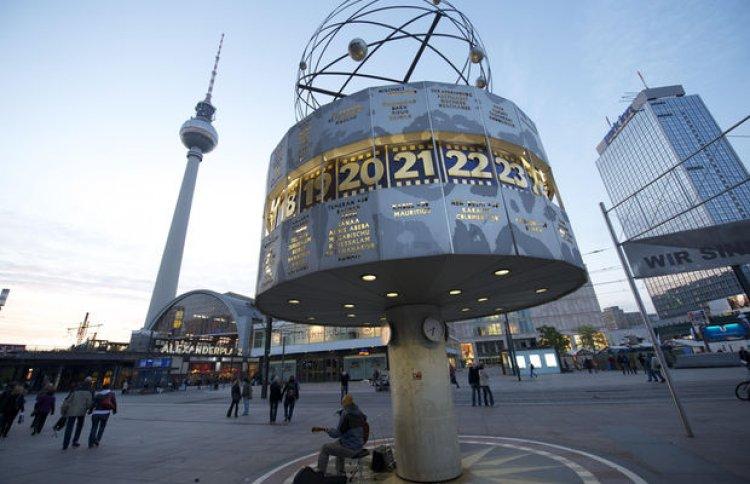 ميدان أليكسندر في برلين