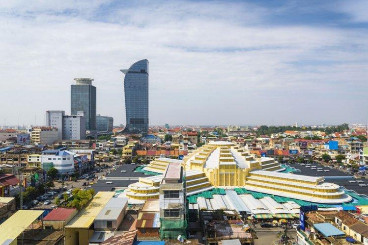 السوق المركزي في بنوم بنه - كمبوديا