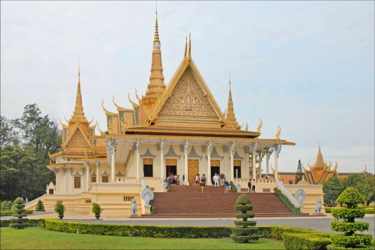 القصر الملكي في بنوم بنه - كمبوديا