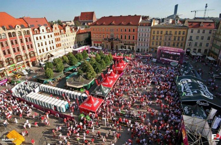 ساحة السوق في فروتسواف بولندا
