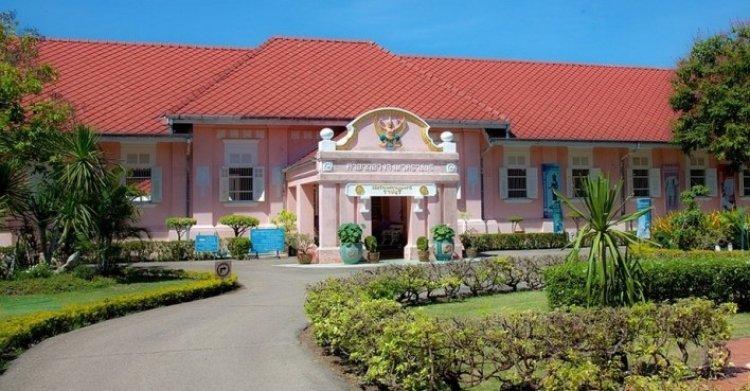 متحف راتشابوري الوطني