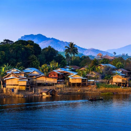 الطبيعة البكر والمياه الفيروزية والطقس الرائع في تايلاند