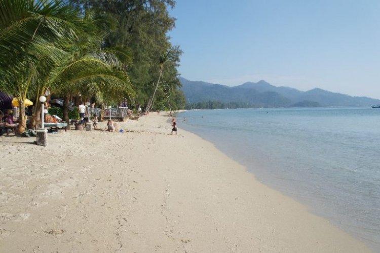 شاطئ klong phrao في تايلاند