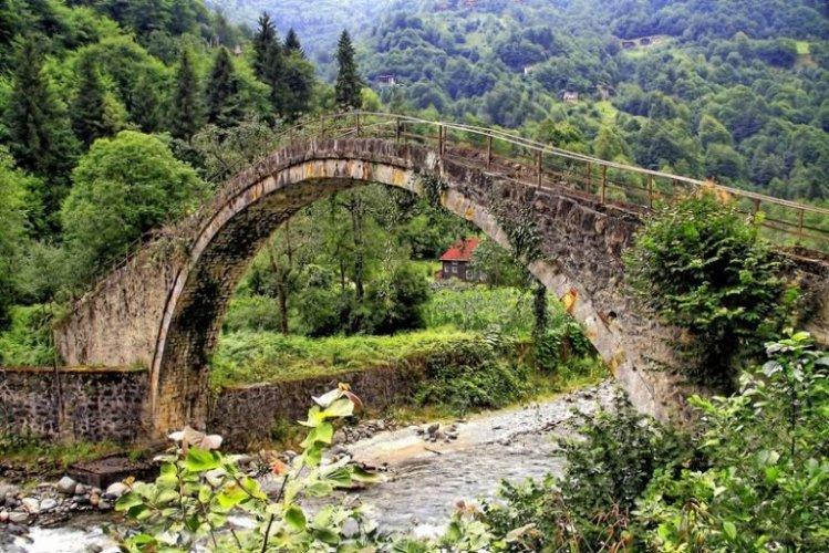 جسر شان يوفو