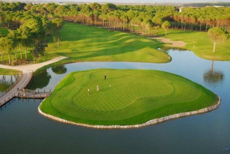 ملاعب الغولف