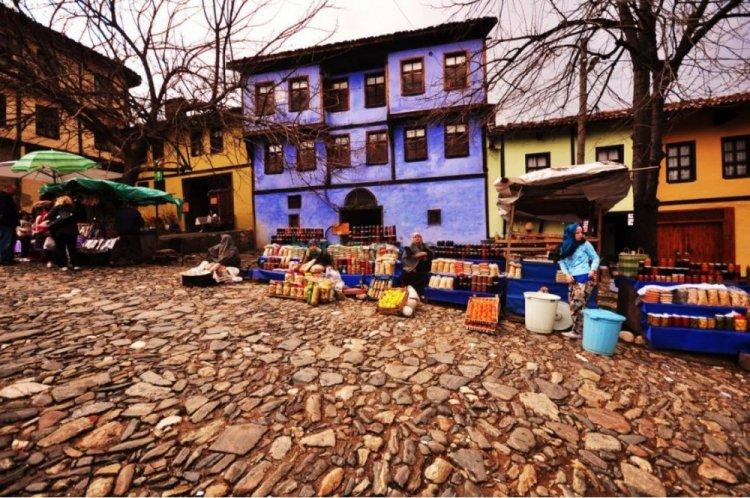 الوان منازل جومالي كيزيك في تركيا