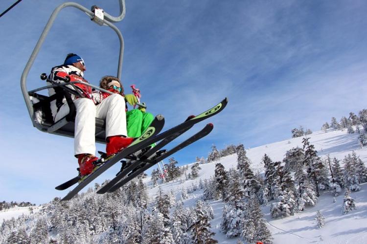 مركز كوجالي للتزلج على الجليد