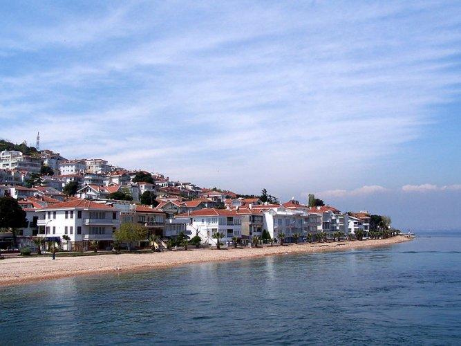 جزيرة بيوك اضه في تركيا