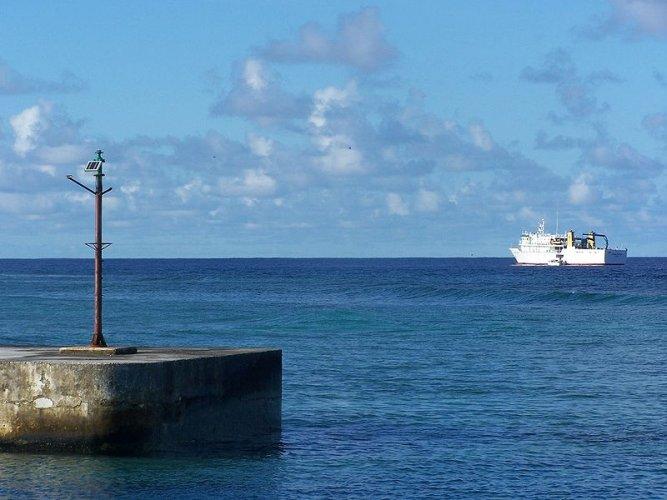 الحركة البحرية في جزيرة توفالو