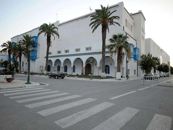 مبنى متحف باردو تونس
