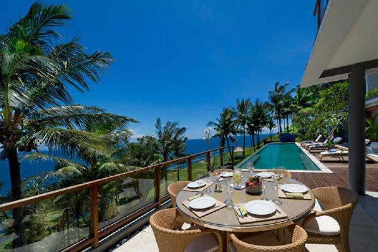 جزيرة لومبوك في إندونيسيا